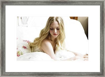 Amanda Seyfried Widescreen Framed Print