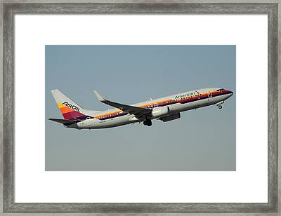 American Boeing 737-823 N917nn December 31 2015 Framed Print by Brian Lockett
