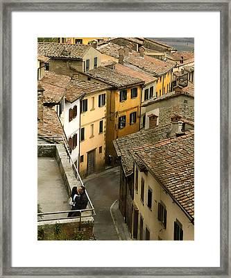 Amore In Cortona Framed Print by Al Hurley