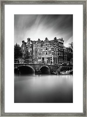 Amsterdam, Brouwersgracht Framed Print by Ivo Kerssemakers