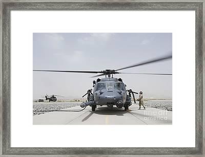 An Hh-60 Pave Hawk Lands After A Flight Framed Print by Stocktrek Images