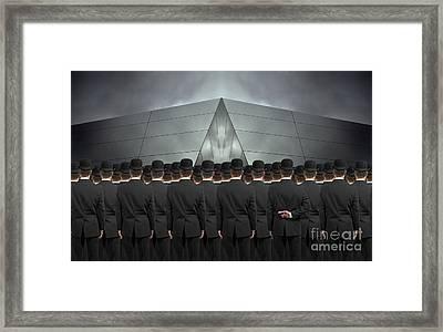 An Honest Man Framed Print by Martin Williams
