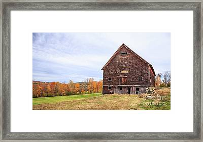 An Old Wooden Barn In Vermont. Framed Print by Edward Fielding