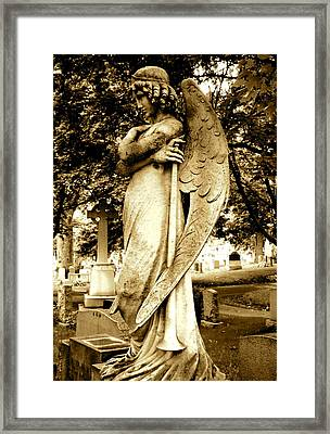 Angel With A Trumpet. Framed Print by Loretta Fasan