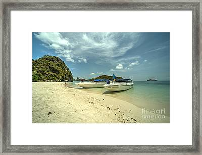 Angthong Speedboats  Framed Print by Rob Hawkins