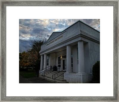 Anne G Basker Auditorium In Grants Pass Framed Print by Mick Anderson
