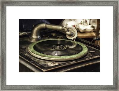 Antique Record Player 01 Framed Print by Thomas Woolworth