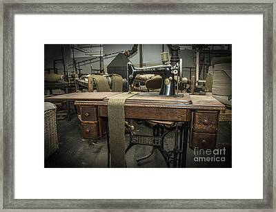 antique Singer Framed Print by Rob Hawkins
