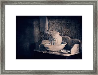 Antique Wash Basin And Pitcher  Framed Print by Maria Angelica Maira