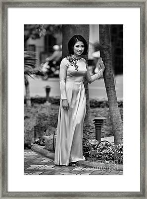 Ao Dai Black White II Framed Print