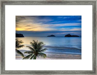 Framed Print featuring the photograph Ao Manao Bay by Adrian Evans