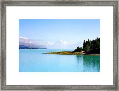 Aoraki And Lake Pukaki Framed Print by Kevin Smith