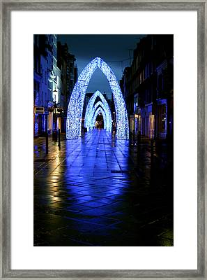 Arch To Freedom Framed Print by Jez C Self