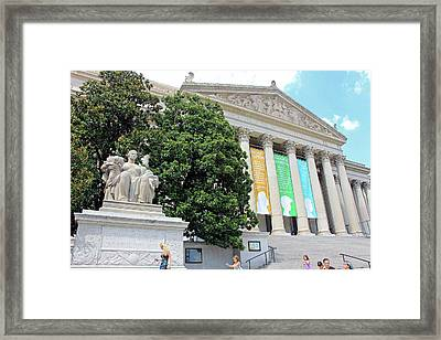 Archives Of The United States Of America -- Constitution Avenue Framed Print