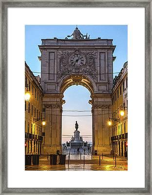 Arco Da Rua Augusta At Sunrise Framed Print