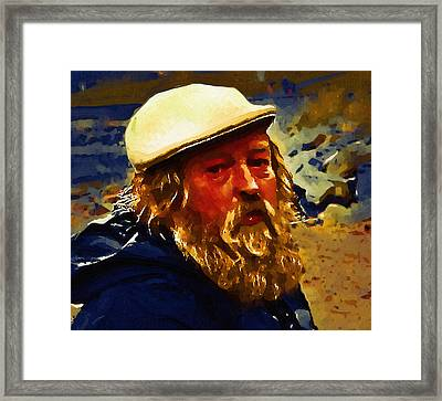 Artist Of The Beach Framed Print by Dale Stillman