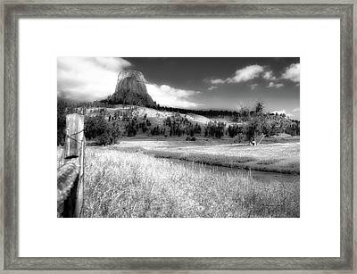 August At Wyoming Devils Tower 01 Bw Framed Print by Thomas Woolworth