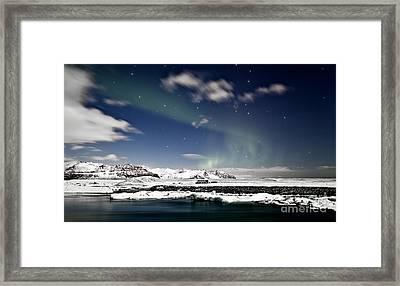 Aurora At Glacier Lagoon Framed Print by Roddy Atkinson