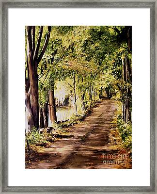 Framed Print featuring the painting Autumn Begins In Underhill by Laurie Rohner