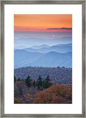 Autumn Sunset On The Parkway Framed Print by Rob Travis