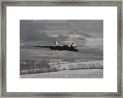 Avro Vulcan - Cold War Warrior Framed Print by Pat Speirs
