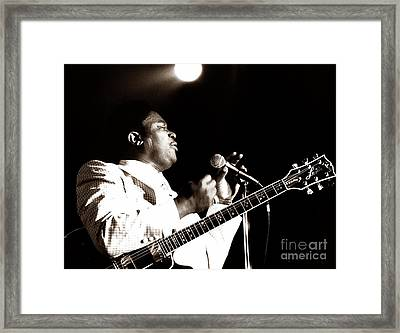 B B King And Lucille 1978 Framed Print by Chris Walter