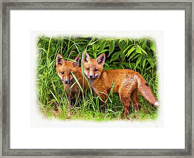 Babes In The Woods - Vignette Paint Framed Print by Steve Harrington