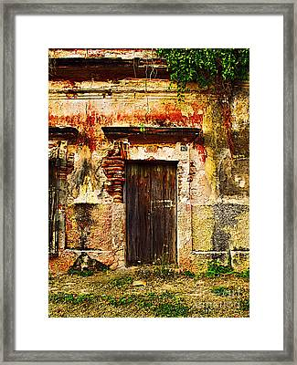 Back Lot By Darian Day Framed Print by Mexicolors Art Photography
