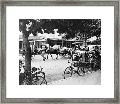 Bahama Street Scene Framed Print by Underwood Archives