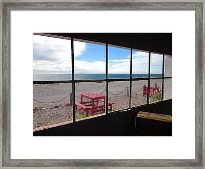 Bahia Bustamante Window Framed Print