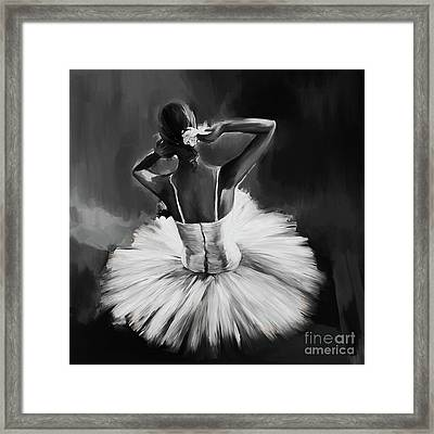 Ballerina Dance 0444a Framed Print