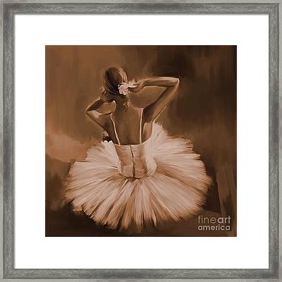 Ballerina Dance 0444c Framed Print