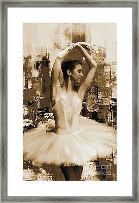 ballet dancer VC45 Framed Print