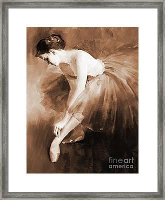 Ballet Girl 012 Framed Print