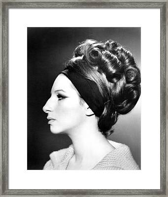 Barbra Streisand, Portrait Framed Print by Everett