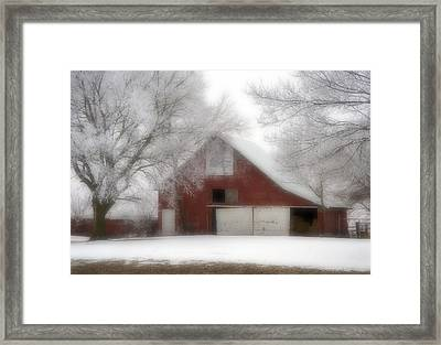 Barn Fog And Hoarfrost Framed Print by Fred Lassmann