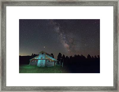 Barn In Rocky Framed Print