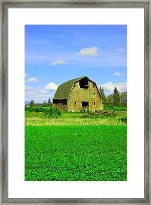 Barn Near Mt Vernon Washngton Framed Print