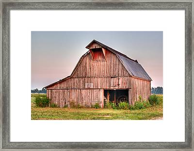 Barn Near Walnut Ridge Arkansas Framed Print by Douglas Barnett