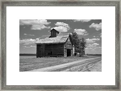 Barn Scene ...black And White Framed Print by Tom Druin