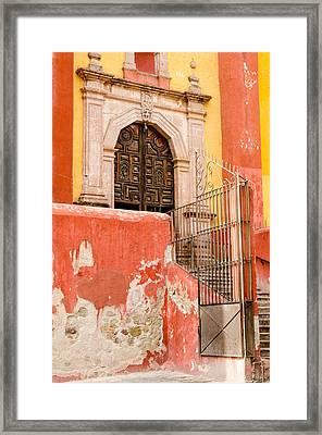 Basilica Colegiata De Nuestra Senora. Framed Print