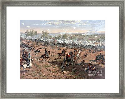 Battle Of Gettysburg Picketts Charge Framed Print by Science Source