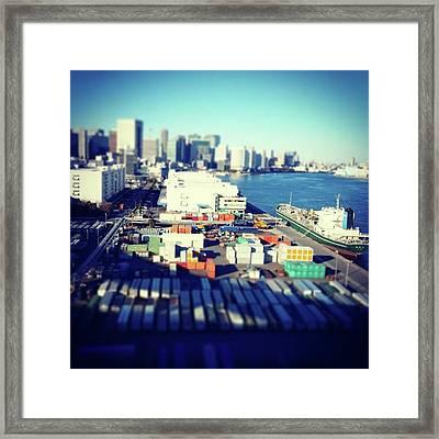 #チルトシフト #bayside Framed Print by Bow Sanpo