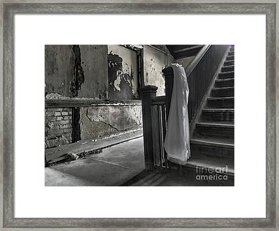 Framed Print featuring the photograph Be Longing by Terry Rowe