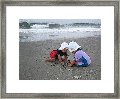 Beach Babies Framed Print by Paul Barlo