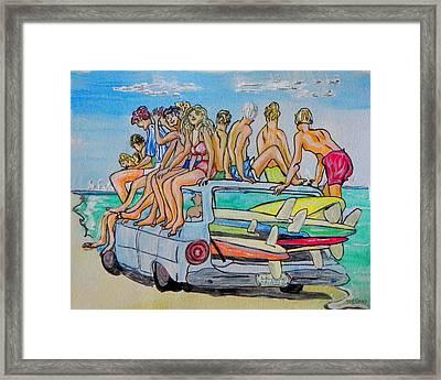 Beach Day Framed Print by W Gilroy