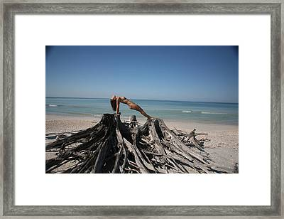 Beach Ngirl Framed Print