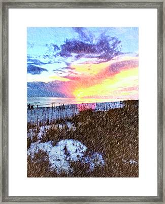 Beach Sunset Framed Print by Susan Leggett