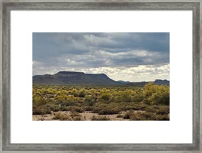 Beautiful Arizona Vista Framed Print by Gordon Beck