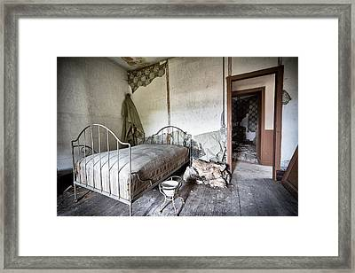 Bed Time - Urban Exploration And Decay Framed Print by Dirk Ercken